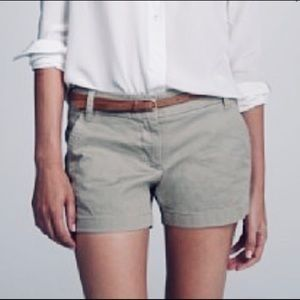 💥 J.Crew Chino Broken-in Shorts Size 12